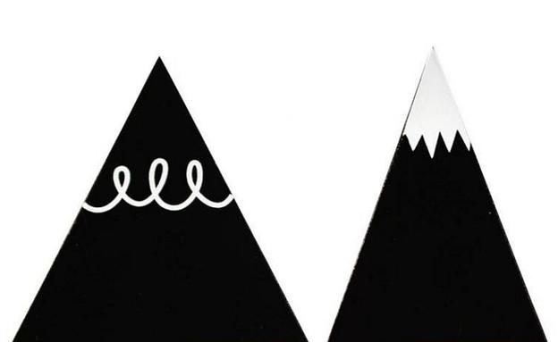 תמר04_מתלים שחורים של A Little Lovely Company (צילום: shooka.net)