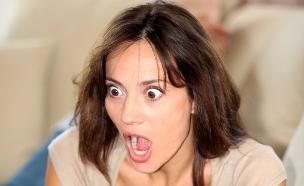 אישה מול מחשב (אילוסטרציה: Shutterstock)
