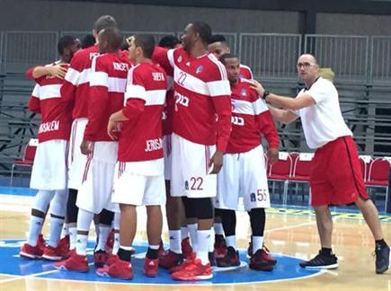 האדומים הסתדרו בלי אמארה (צילום: ספורט 5)