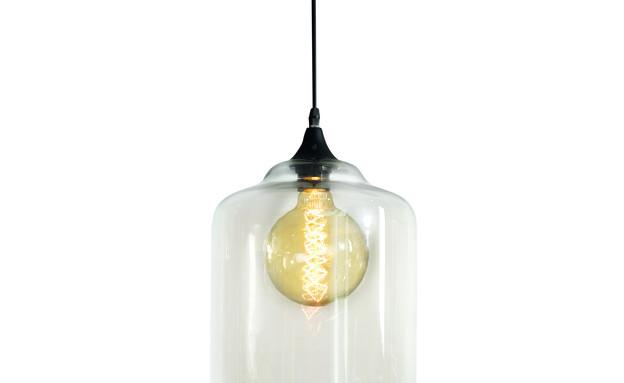 מנורת תלייה בנסון קוניאק (צילום: ישראל כהן)