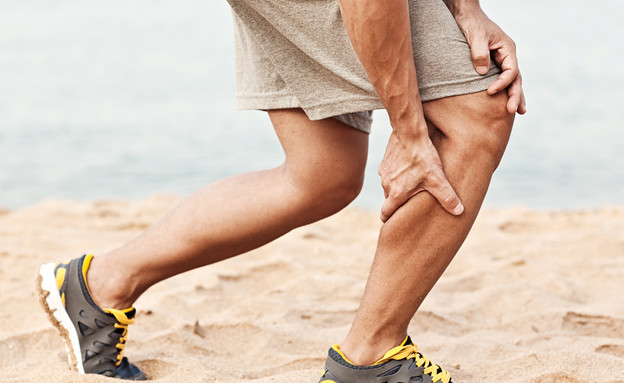 התכווצות שריר (צילום: Kryvenok Anastasiia, Shutterstock)