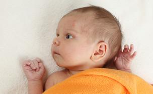 תינוק עם פצעונים על פניו (צילום: אימג'בנק / Thinkstock)