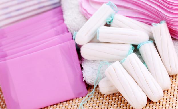 תחבושות או טמפונים (צילום: Shutterstock, מעריב לנוער)