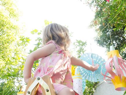 קישוטי סוכה, הילדים מעצבים את הבית הראשון שלהם