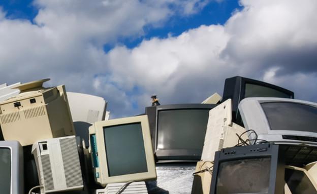 פסולת אלקטרונית (צילום: ShutterStock)