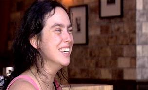 בר בלפר חוזרת לחיים - ולבמה (צילום: חדשות 2)