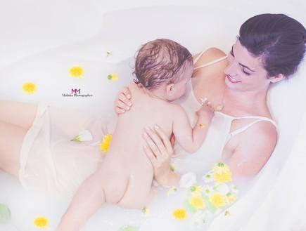 מלי פנסו - אמבטיית חלב