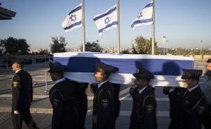 ארונו של שמעון פרס (צילום: חדשות 2)