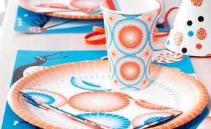 סוכות06, כלים חד פעמיים צבעוניים, מחיר-5 שקל לסט כוסות, 9 שקל לסט  (צילום: יחצ איקאה)