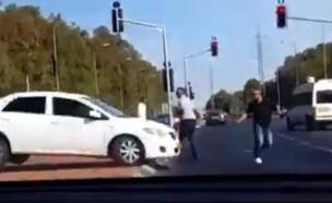 צפו: ההקלטות הדרמטיות למוקד המשטרה (צילום: אור ירוק)