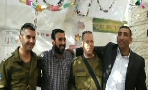הפלסטינים בסוכה באפרת, בשבוע שעבר