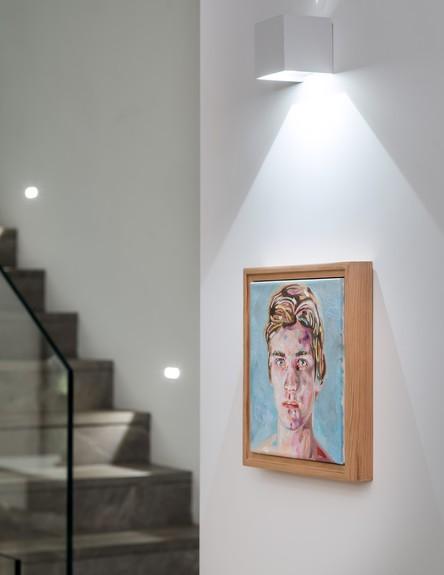גליה ואנונו, ג, מדרגות (49) (צילום: עמית גושר)