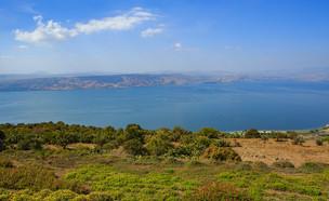 נוף מהגולן אל הכנרת (צילום: עופר חן)