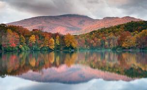 סתיו בהרי בלו רידג' צפון קרוליינה (צילום: MarkVanDykePhotography, Shutterstock)