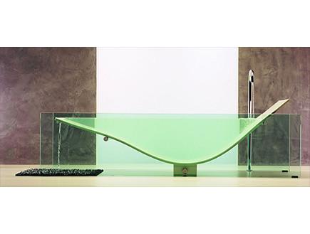שקוף, אמבטיה שקופה של omvivo 34,000 דולר