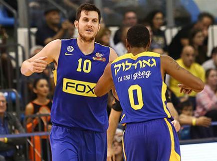מכבי תל אביב נשארה מושלמת בליגה (דני מרון) (צילום: ספורט 5)