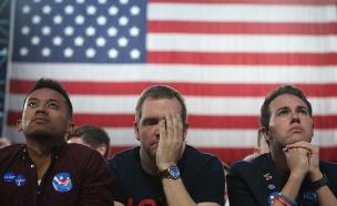 פנים נפולות במטה הדמוקרטי (צילום: רויטרס)