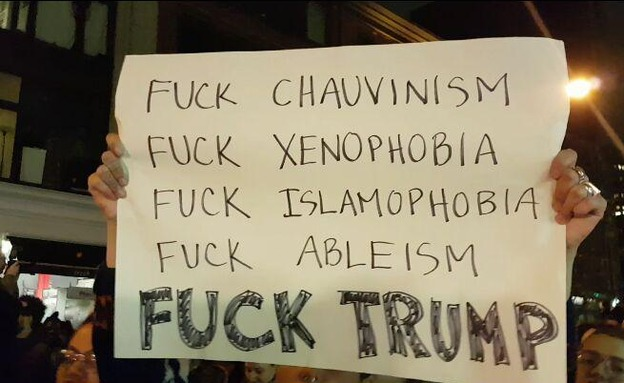 מאות מפגינים בלוס אנג'לס (צילום: ברהנו טגניה)