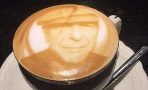 קפה מודפס לאונרד כהן (צילום: ריטה גולדשטיין, אוכל טוב)
