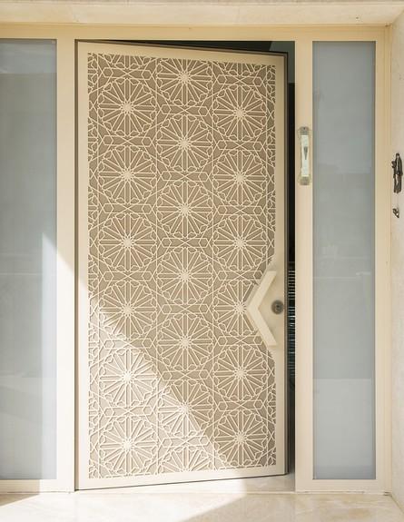 מבצעים, רשת דלתות רשפים, דלת סהרה (צילום: עידן גור)