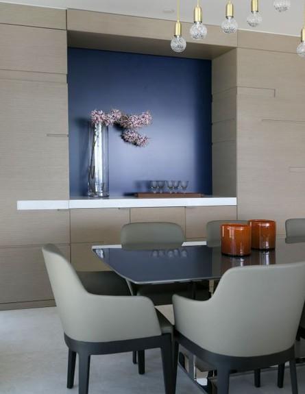 רלו שץ, ג, שולחן  (צילום: שירן כרמל)