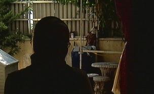 """""""בעלי ואני קיבלנו איומים בלתי פוסקים"""" (צילום: חדשות 2)"""