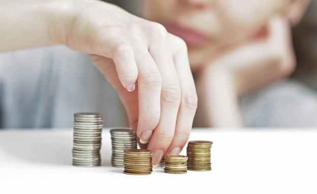 הוצאות וחסכונות (אילוסטרציה: Shutterstock)