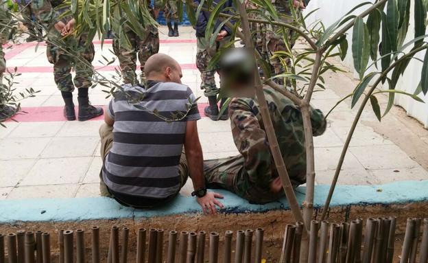 קצין שנשלח לדבר עם סרבני השריון (צילום: דוברות הטכניון)