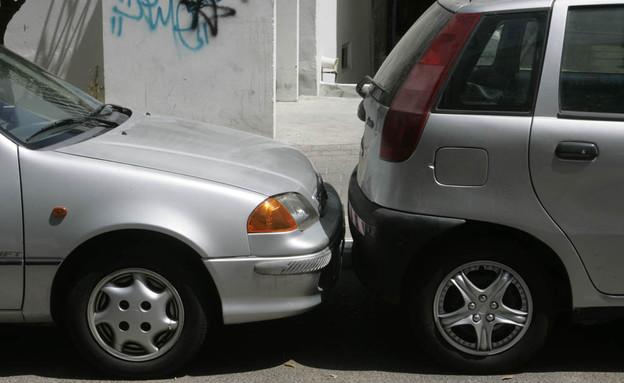 מגה וברק האם עיריית תל אביב מצאה פתרון למצוקת החניה? PE-41