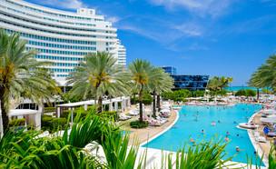 מלון פונטיין בלו מיאמי (צילום: Fotoluminate LLC, Shutterstock)