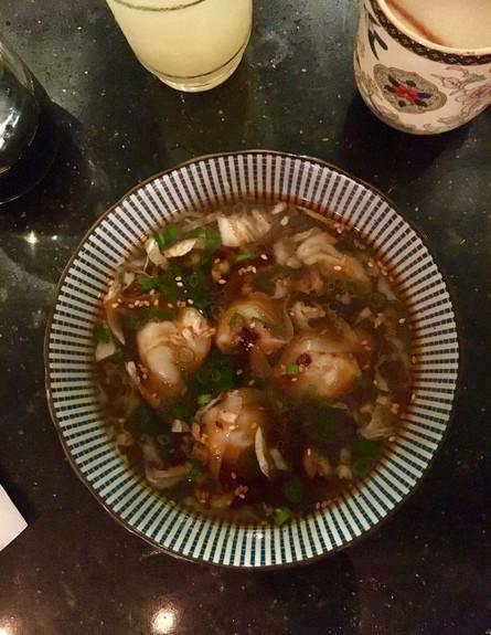 אסיה מסעדה יפו מרק וונטון (צילום: ג'רמי יפה, אוכל טוב)