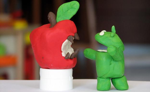 אנדרואיד נגד אפל בפלסטלינה (צילום: צחי לבנט-לוי, Flickr)