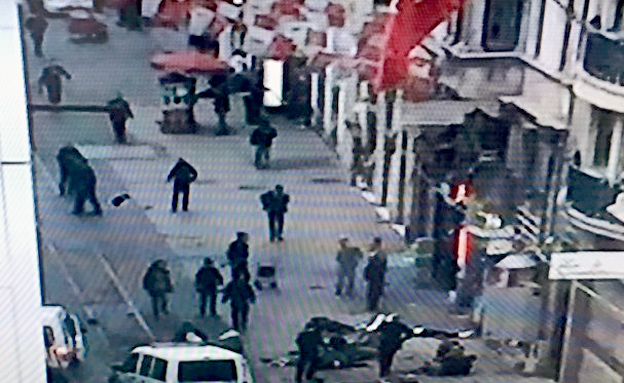 הפיגוע במרכז המסחרי באיסטנבול (צילום: CNN)