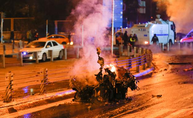 פיצוץ באיסטנבול (צילום: רויטרס)