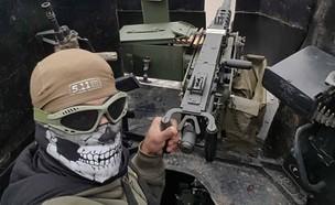 """לוחם ביחידת """"דיוויזיית הזהב"""" במוסול, עיראק (צילום: Facebook/ISOFGOLD)"""