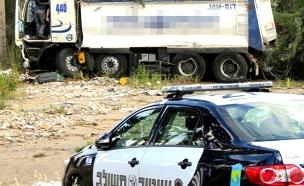 המשאית לאחר התאונה (צילום: קוסטה גרישוקוב)