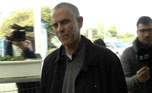 מוזס מגיע לחקירה בלהב 433 (צילום: חדשות 2)