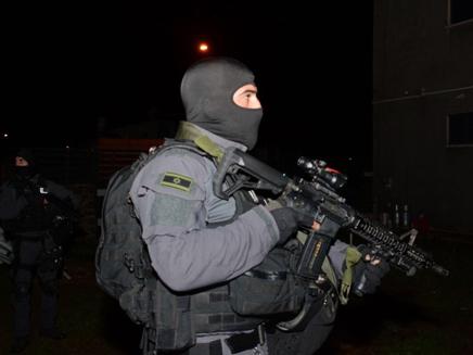 כוחות מיוחדים של המשטרה השתתפו
