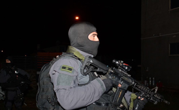 כוחות מיוחדים של המשטרה השתתפו (צילום: דוברות המשטרה)