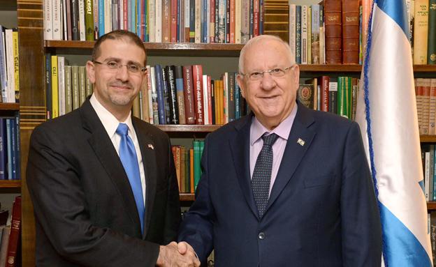 """ריבלין והשגריר שפירו (צילום: מארק ניימן/לע""""מ)"""
