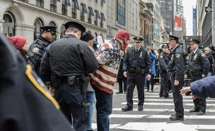 הפגנה נגד טראמפ (צילום: רויטרס)