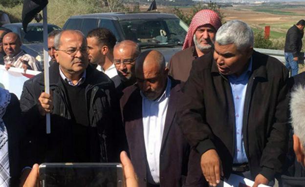 חברי הכנסת בהפגנה
