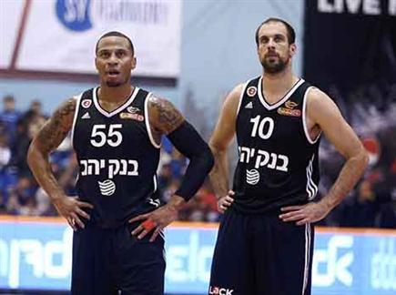 ג'רלס והלפרין מאוכזבים (מנהלת הליגה) (צילום: ספורט 5)