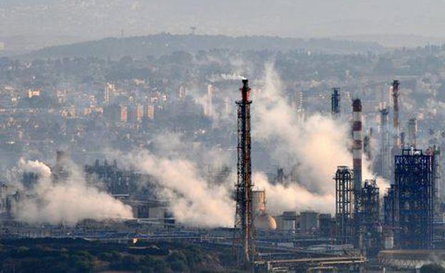 חוששים מסכנה למפרץ חיפה (צילום: מגמה ירוקה)