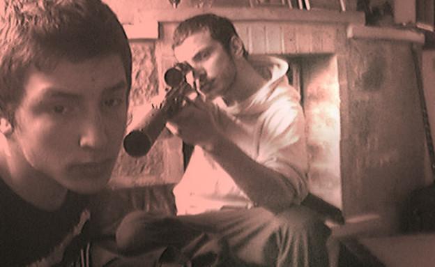 דן למפל (מימין) וחבר