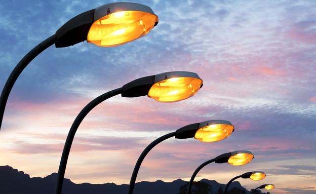 תאורת רחוב (צילום: ShutterStock)