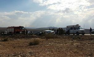 3 הרוגים ו-4 פצועים בתאונה (צילום: דיווחי הרגע)