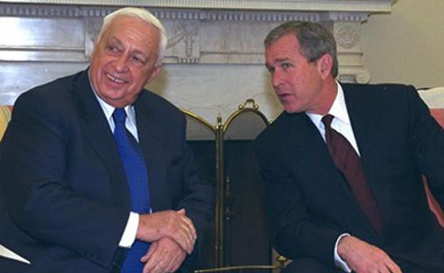 "אריאל שרון עם נשיא ארה""ב ג'ורג' ווקר בוש (צילום: צילום: יעקב סער, לע""מ)"