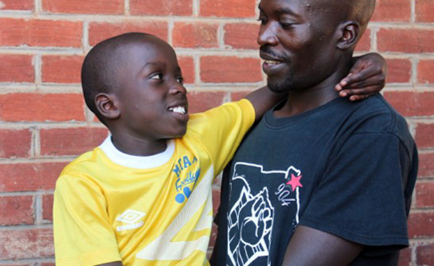 צפו: המשפחות שאוחדו (צילום: הצלב האדום)
