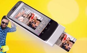 מדפסת תמונות שמתלבשת על סמארטפון Moto Z (צילום:  יחסי ציבור )